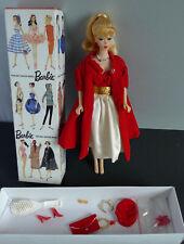 MATTEL Barbie replica attualmente Ponytail bionda con SILKEN FLAME e Red Flare Outfit