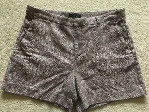 Banana Republic Size 14 Beige & White Print Shorts