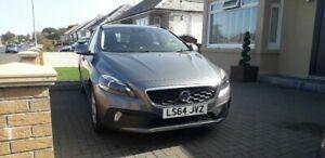 Volvo V40 cross country,£30 road tax and motd till September 21