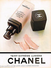 PUBLICITE ADVERTISING 055  1994  CHANEL  cosmétiques TEINT EXTREME LUMIERE