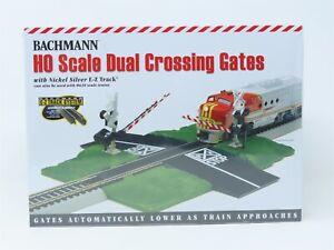 HO 1/87 Scale Bachmann 44579 Dual Crossing Gates Scenery w/ E-Z Track SEALED