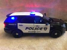 1/18 SCALE ATLANTIC CITY POLICE FORD SUV DIECAST W/WORKING LIGHTS AND SIREN