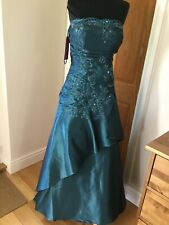 Beautiful Teal Dress Size 18 NEW