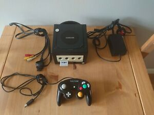 Nintendo GameCube Black Console With Leads,Official Controller & Game Disc