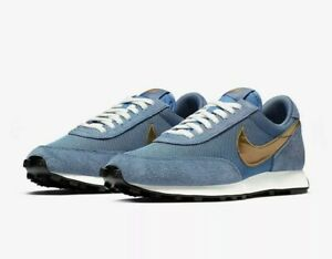 NIKE DAYBREAK SP UK SIZE 9.5 *BV7725-400*
