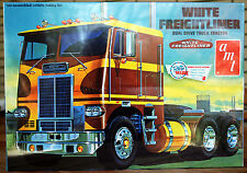 White freightliner Dual Drive tractor, 1:25, oficina 620