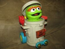 ILLCO TOY Vintage OSCAR THE GROUCH SESAME STREET MUPPETS Peek A Boo AS IS