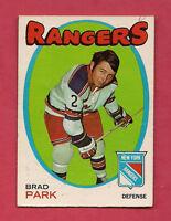 1971-72 OPC  # 40 NY RANGERS BRAD PARK CARD