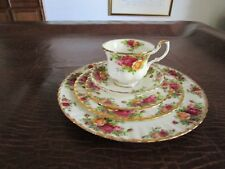 Royal Albert Old Country Roses 5 Piece Place Setting(s)