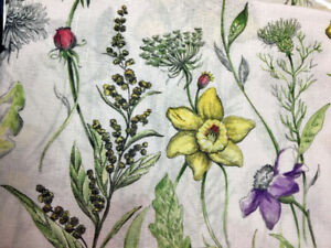 """Wildflower Floral Tablecloth 60""""x 84"""" OB Spring Watercolor Design Easy Care Poly"""
