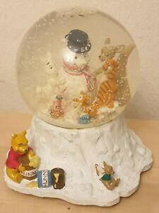 Disney Store Christmas Winnie The Pooh Musical water Snow globe SANTAS WORKSHOP