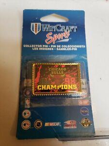 "1998 Chicago Bulls NBA Champions 1 5/8"" Pin on Card Wincraft"