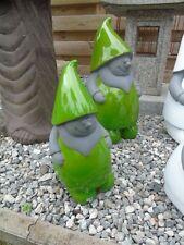 NAIN DE JARDIN , statue d un nain de jardin en couleur vert , nouveau !