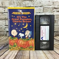 Peanuts Classic It's The Great Pumpkin Charlie Brown Clamshell VHS Cassette Tape