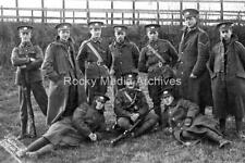 Ztr-77 Military, WWI, Gloucestershire Regiment Group. Photo