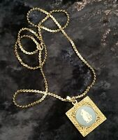 Vintage 1970's Square Shaped Wedgwood Pendant w/ Gold Coloured Metal Twist Chain