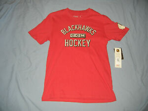 Unworn Chicago BLACKHAWKS t-shirt LG NWT NHL Hockey CCM