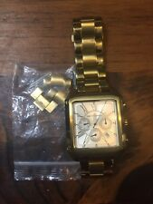 Saks Fifth Avenue Watch Gold Tone Needs A Battery