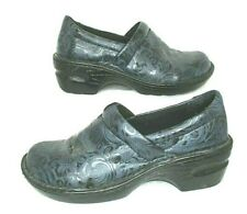 BOC Born Concept Size 7 Black & Blue Tooled Faux Leather Nursing Comfort Clogs