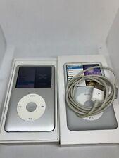 Apple iPod classic 7th Generation Silver (160 GB) Aj827