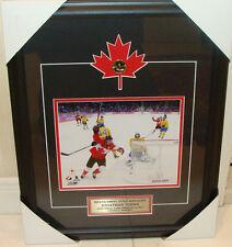2014 Juegos Olímpicos de Invierno Medalla de Oro Jonathan Toews Hockey Canadá 8 X 10 marco Loonie
