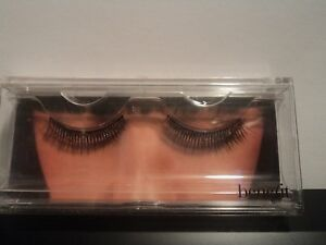 Eyes by benefit False Eyelashes (FREE & FAST DELIVERY)