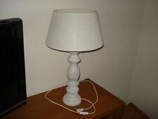 Versteigere sehr schöne Tischlampe, Holz-Fuß, H=ca- 61cm, top erhalten