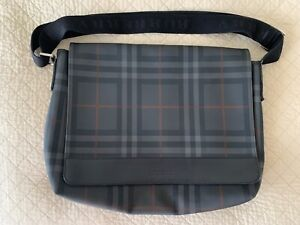 BURBERRY MESSENGER CROSSBODY LAPTOP TRAVEL BAG, AUTHENTIC