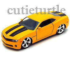 Jada Bigtime Muscle 2010 Chevrolet Camaro SS 1:32 Yellow With Black Stripes