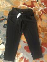 NWT Chicos Womens Size 1 Stretch Waist Black Zenergy Capri Pants