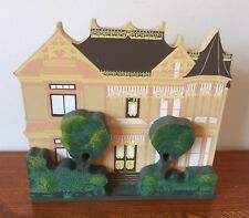 Shelia's Shelf Sitter Wooden House The Gingerbread Mansion 1992 3D New