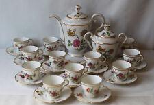 Servce à café en porcelaine de LIMOGES LOURIOX décor de fleurs et dorure