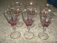 """Vintage Set of 5 Cranberry & Gold Wine Glasses Goblets 8"""" Excellent"""