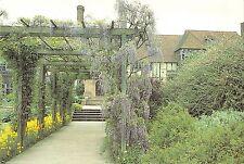 BR76309 pergola leading to the laboratory garden wisley surrey   uk