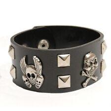 Bracelet noir gothique à cloux carrés têtes de mort gothique deguisement costume