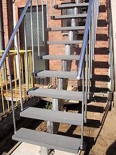 Treppe,Treppen,Außentreppe,Gartentreppe,verzinkt