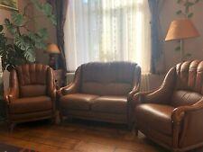 Salon cuir / bois vintage - 2 Fauteuils 1 place et 1 deux-places