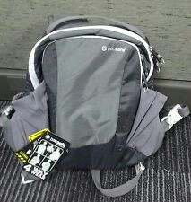 Pacsafe anti theft back/front pack
