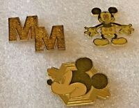 Disney pin 127040 DS - Mickey Mouse Memories 3 Pin Set - February