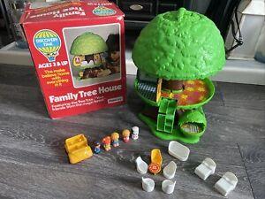 Palitoy family tree house