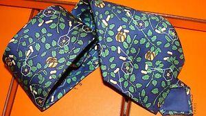 HERMES  silk tie.  New