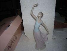 LLADRO #01204 Dancer / Ballerina Figurine NAO W/BOX SPAIN DOLL STUNNING
