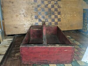 Antique folk Red primitive Solid Wood Carrying Tray Caddy Tote with Handle