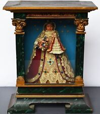 Maria mit Kind Madonna um 1900 Klosterarbeit bemalt Stickerei Holzkasten 44x35cm