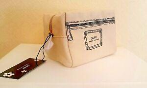 New, Original, Marc Jacobs Daisy Make up bag, cosmetic purse, zipper.