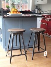 Café-style breakfast bar stool, Pewter colour, adjustable height