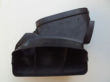 BMW E30 Cold air duct center  1 888 243