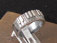 MySacrum Piano Ring