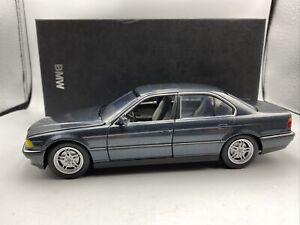 1/24 Minichamps BMW  Dealer Edition 750i Grey Ember # 80430009857
