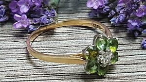 BEAUTIFUL SECONDHAND 18ct YELLOW GOLD DIAMOND PERIDOT CLUSTER RING SIZE T